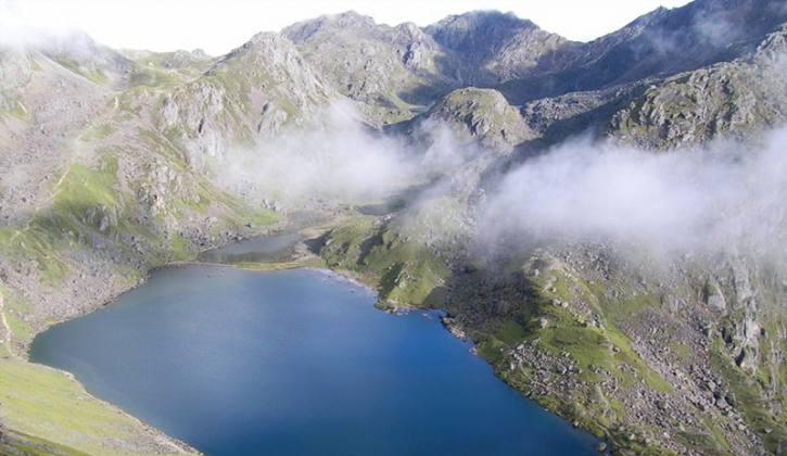 Langtang valley and Gosaikunda Pass Trek